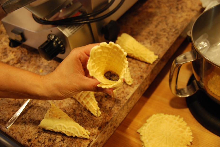 Make Your Own Ice Cream ConesOn A Panini Press Recipe ...