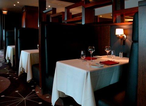 Neros Steakhouse in Caesars Windsor